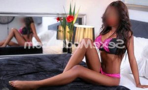 Meyriem massage tantrique escorte girl