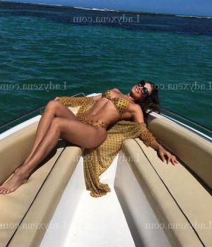 Nauria escort girl